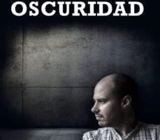 leer EN LA OSCURIDAD gratis online